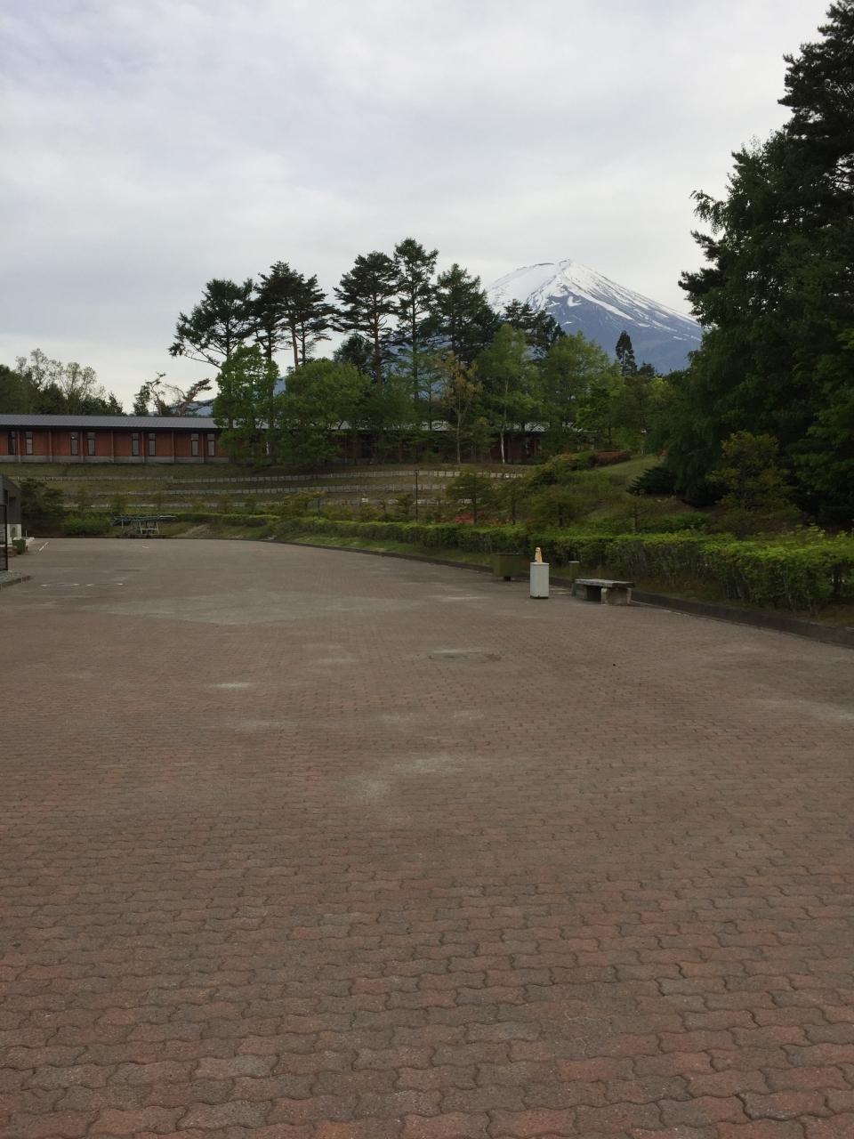 間の前は富士山がみえます